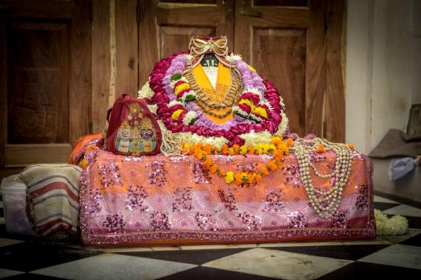 Gopal-bhatta-goswami-samadhi