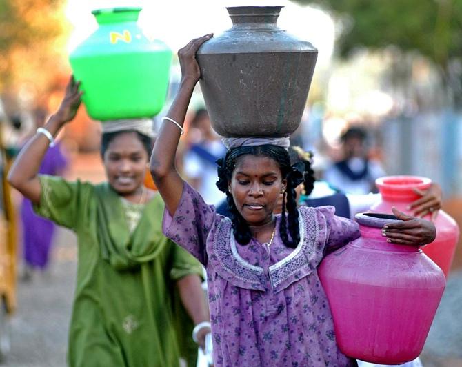 2015-01-05_185849_water-scarcity-suryapet.jpg